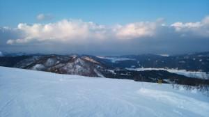 シーサイドバレースキー場頂上から望む市内と日本海