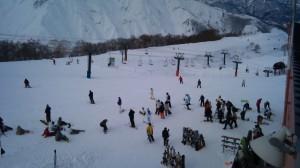 アルプス平で滑る人たち