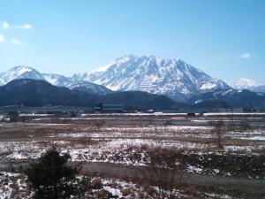 晴天の黒姫山