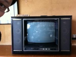 骨董品のテレビ